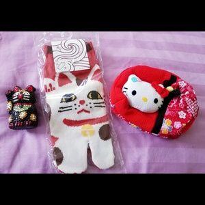Lucky Cat/Hello Kitty Bundle